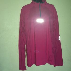 OAKLEY Sweater size L. Good condition.